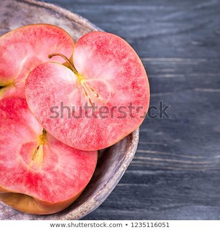 リンゴ 赤 木製 ボックス リンゴ クロス ストックフォト © Alex9500