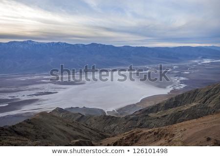 Ver preto montanhas morte vale sal Foto stock © billperry