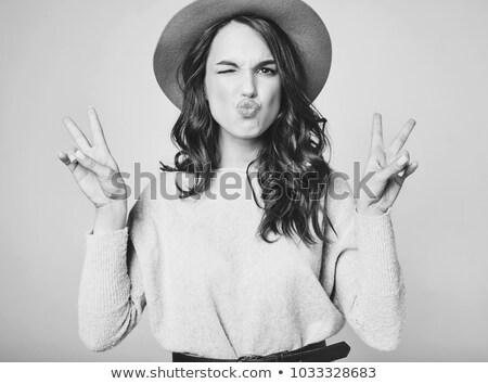 Jonge kaukasisch hippie vrouw lachend vrolijk Stockfoto © RAStudio