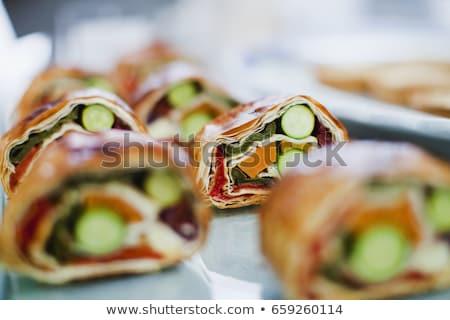 sandwich · preparazione · lungo · isolato · bianco · un · altro - foto d'archivio © is2