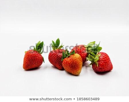 vers · ruw · aardbeien · witte · blad · zomer - stockfoto © constantinhurghea