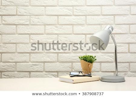 tablo · masa · örtüsü · spot · ışık · lamba - stok fotoğraf © 5xinc