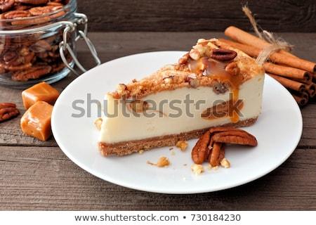 Tradizionale cheesecake tavolo in legno primo piano alimentare torta Foto d'archivio © Alex9500