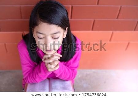 ritratto · ragazza · bible · mano · bambino - foto d'archivio © zzve