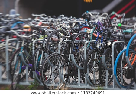 Stockfoto: Fiets · parkeren · centraal · station · fietsen · populair