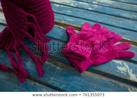 Handschoenen houten tafel tabel Stockfoto © wavebreak_media