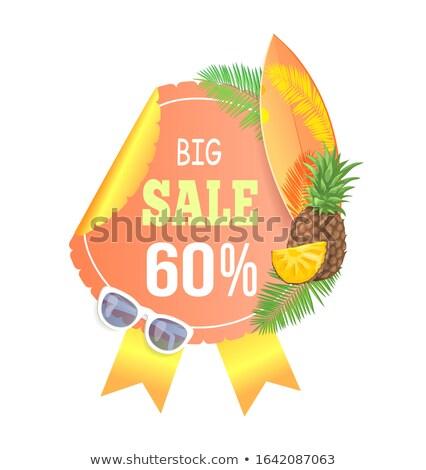 Foto d'archivio: Summer Big Sale Round Emblem With Palm Leaves