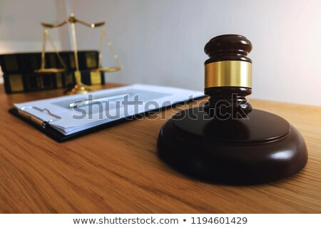 prawa · książek · sprawiedliwości · posąg · shot · studio - zdjęcia stock © freedomz