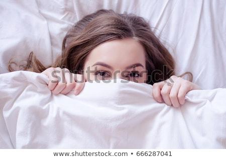 békés · nő · fehér · pléd · hálószoba · ágy - stock fotó © wavebreak_media