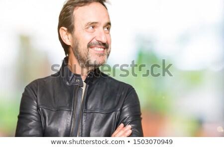 casual · senior · homem · jaqueta · de · couro · lado - foto stock © feedough