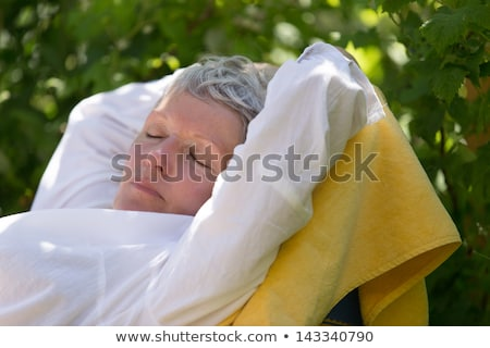 Kadın uyku beyaz bahçe güzellik Stok fotoğraf © doupix