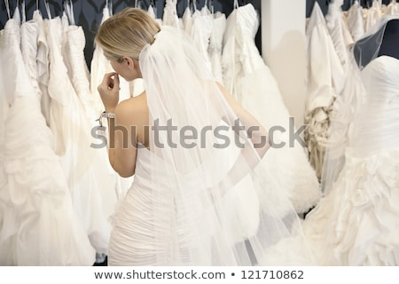 красоту молодые невеста элегантность подвенечное платье белый Сток-фото © fanfo