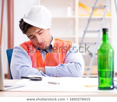 Bêbado engenheiro trabalhando oficina negócio vinho Foto stock © Elnur