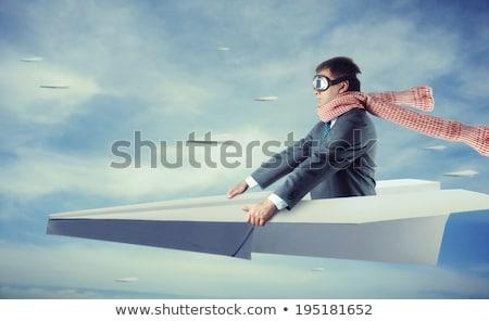 Affaires battant papier avion affaires Voyage Photo stock © Elnur