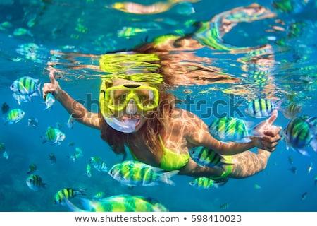 Caraïbes cristal côte plage fille soleil Photo stock © MojoJojoFoto