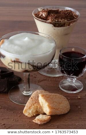 delicioso · tiramisu · chocolate · prato · branco · sobremesa - foto stock © raphotos