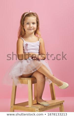 красивой · балерины · сидят · студию · полу · женщину - Сток-фото © julenochek