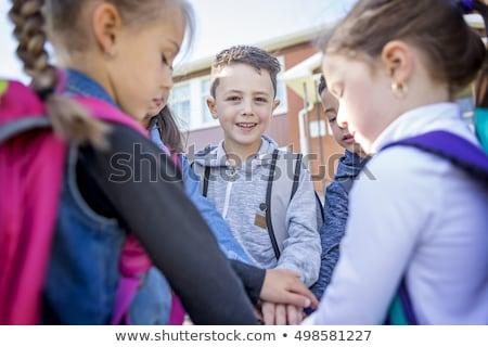 drei · Kindergarten · Jungen · stehen · zusammen · glücklich - stock foto © lopolo