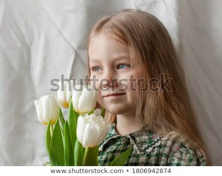 Aranyos fiatal imádnivaló lány tart szag Stock fotó © dash