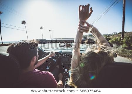 blond · meisje · zonnebril · rijden · auto · gelukkig - stockfoto © sumners