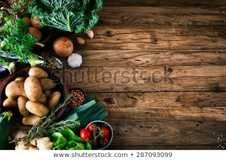 オーガニック · 野菜 · 木製のテーブル · ノートブック · 木製 · メニュー - ストックフォト © m-studio