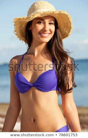 Esmer güzel model poz plaj tropikal plaj Stok fotoğraf © luckyraccoon