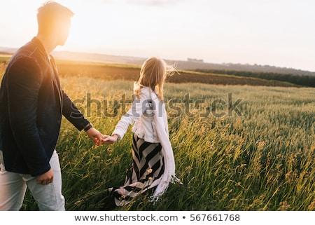 Stockfoto: Jonge · paren · land · lopen · man · vrouwen