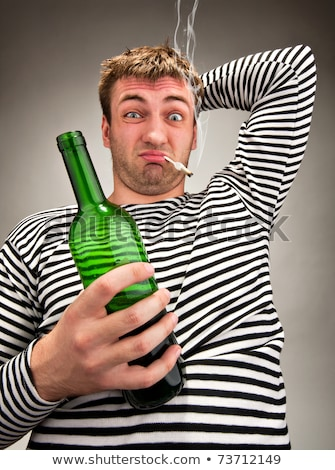 Bêbado bizarro marinheiro garrafa cigarro vinho Foto stock © nomadsoul1