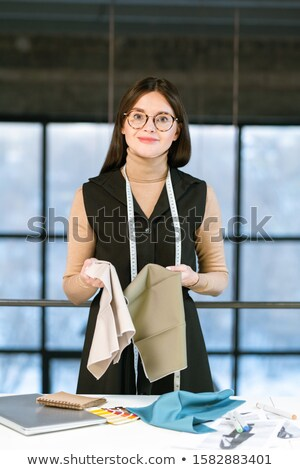 Dość młodych elegancki moda projektant pracy Zdjęcia stock © pressmaster