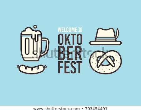 Oktoberfest ingesteld zoute krakelingen worstjes bier Stockfoto © karandaev
