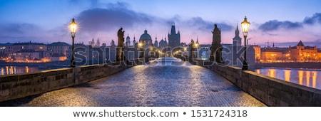 Prága · tornyok · alkonyat · Csehország · óváros · színház - stock fotó © capturelight