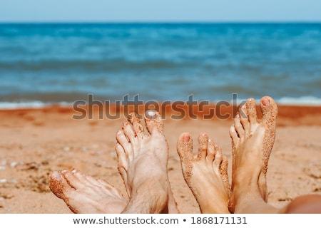 vrouw · benen · tropisch · strand · gezonde · naakt · hemel - stockfoto © dolgachov