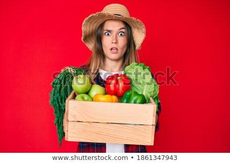 mulher · jovem · suspeito · vegetal · páprica · mulher · menina - foto stock © Rob_Stark