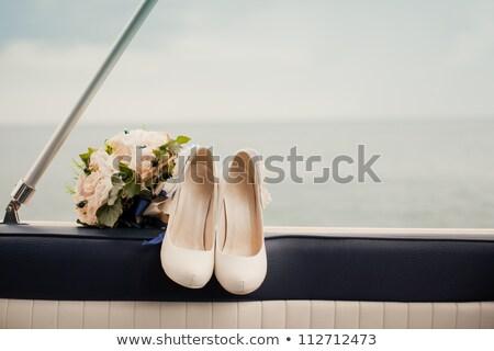 bruid · jurken · schoenen · huwelijksceremonie · witte · bruiloft - stockfoto © pixachi