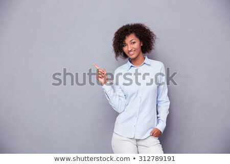 afro · amerikan · kadın · işaret · parmak · uzak - stok fotoğraf © deandrobot