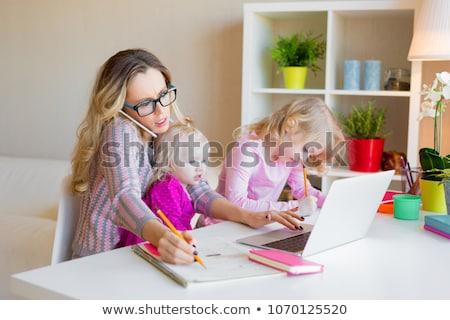 drukke · moeder · jonge · vrouw · veel · taken - stockfoto © bluering