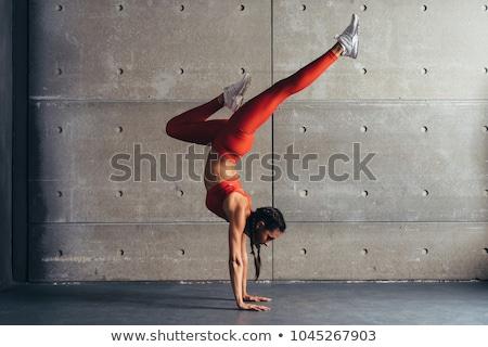 спортсмена стойка на руках мнение молодые рубашки Сток-фото © pressmaster