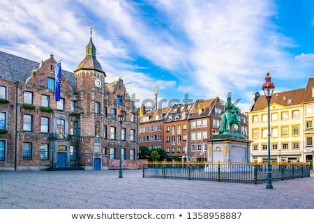 Stad hal Duitsland standbeeld hemel Stockfoto © borisb17