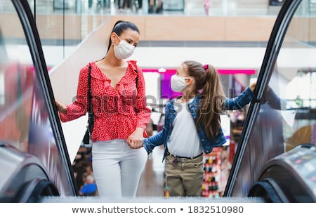 moeder · dochter · markt · man · vrouwen · brood - stockfoto © photography33