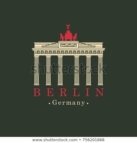 Irányítás felirat Brandenburgi kapu Berlin Németország város Stock fotó © bobbigmac