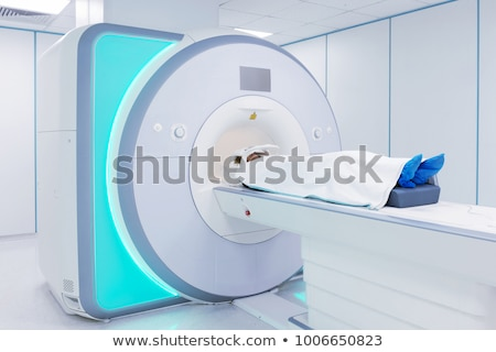 Mri escanear real humanos cuerpo Foto stock © smuki