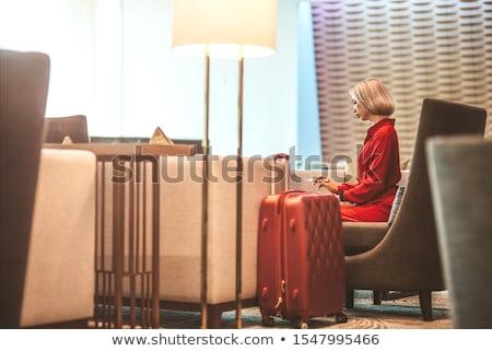 çekici · sarışın · kadın · poz · yatak · şehvetli · bakıyor - stok fotoğraf © pawelsierakowski