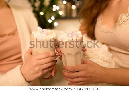 женщины друзей питьевой какао домой Сток-фото © dolgachov