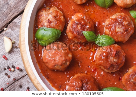 caseiro · almôndegas · molho · de · tomate · carne · tomates · almoço - foto stock © furmanphoto