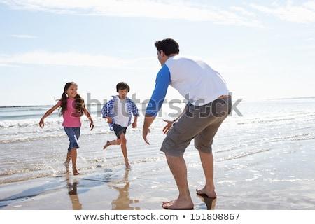 Chłopca spaceru fale młodych dziecko wietrzny Zdjęcia stock © Mps197