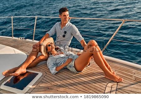 gençler · oturma · üst · plaj · kulübe · kadın · adam - stok fotoğraf © deandrobot