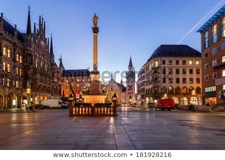 Munich edad calle colorido casas sombra Foto stock © zhekos