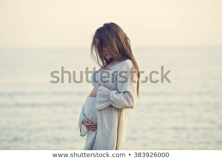 Stock fotó: Terhes · nő · tenger · gyönyörű · zöld · ruha · nyár