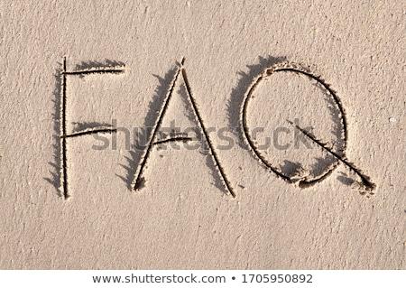 よくある質問 ここで スポットライト 明るい 金 暗い ストックフォト © 3mc