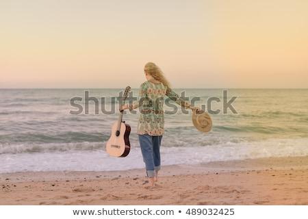 cute · blond · meisje · gitaar · witte · muziek - stockfoto © PetrMalyshev